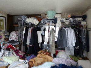 洋服の収納ができない